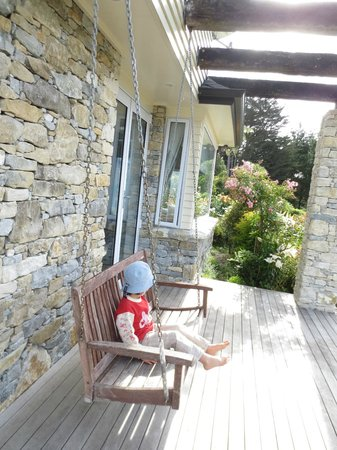 Waitomo Boutique Lodge: outside