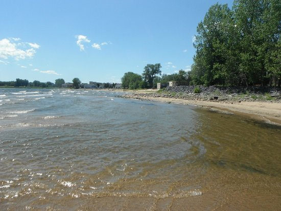 Plattsburgh City Beach : west end near city beach