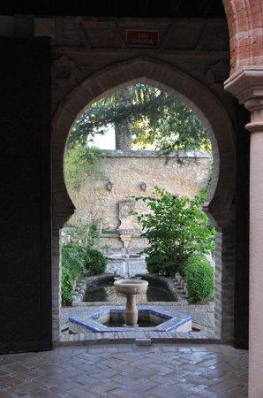Palacio de Mondragón: a view