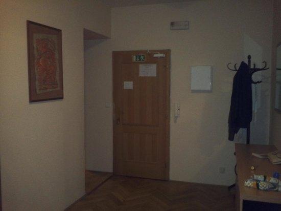Aparthotel Lublanka : Main door