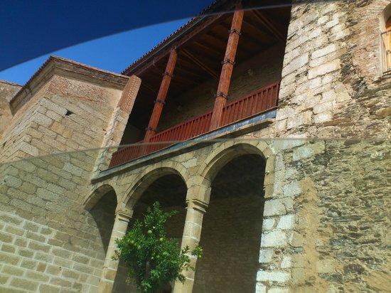 Hospederia Puente de Alconetar: Frente