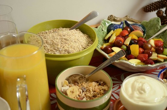 Villamorva: fresh fruit daily