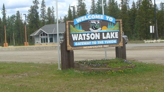 Alaska Highway: Watson Lake sign