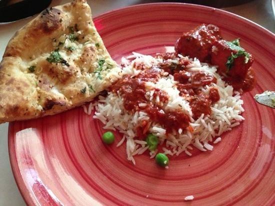 Spice Root : Chicken Tikka Masala with Basmati Rice and Garlic & Cilantro bread