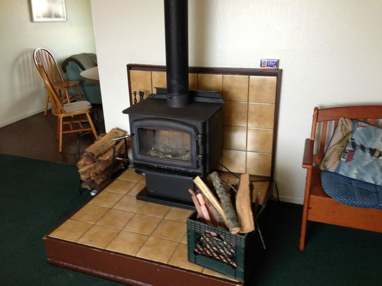 Point Arena Lighthouse: very effective wood burning stove