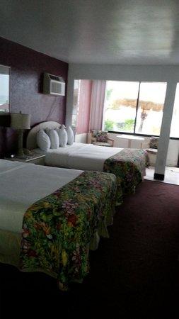 Dream Inn: rooms with views