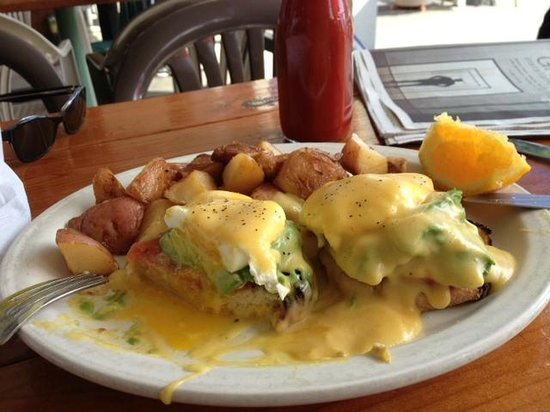Redwood Cafe : California Eggs