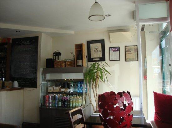 Juno's Cafe: Inside cafe front