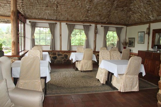 The Engagi Lodge: Dining Area
