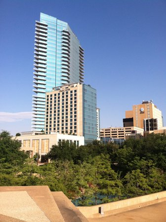 Omni Fort Worth Hotel: Omni from the Mountain
