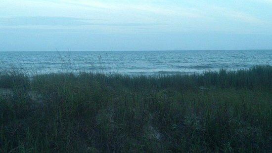 Castaway Beach Inn: Ocean and Sky