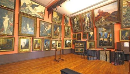 Musee Gustave Moreau: Le style d'accrochage du 19 S.