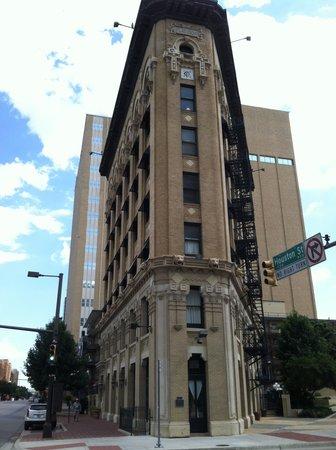 Flatiron Building: Flat Iron front