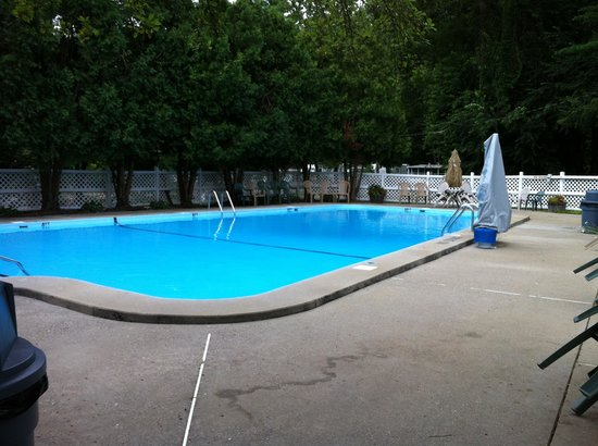 Yogi Bear's Jellystone Park Camp Resorts: Public pool