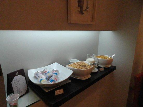 Ulises Recoleta Suites: Café da manhã.