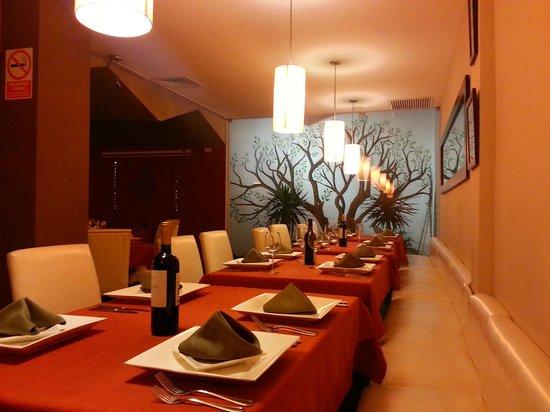 Mantra Indian Cuisine: Mantra Restaurant