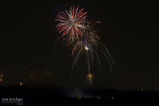 The Westin Lombard Yorktown Center: 4th of July from the 15th Floor of The Westin!