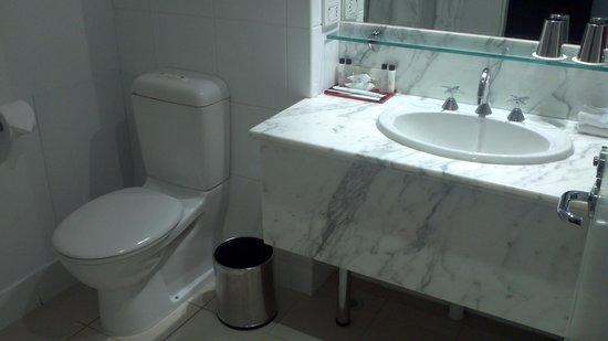 Brisbane Marriott Hotel : Bathroom