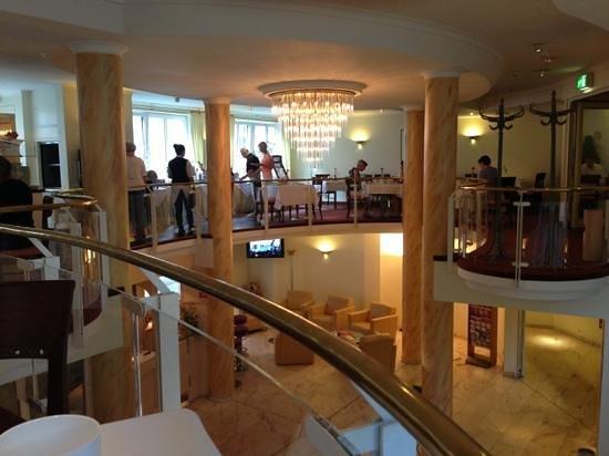 H+ Hotel Herzog Widukind Stade: Der Früstücksraum