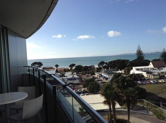 Ramada Suites Nautilus Orewa: view from 6th flour right hand side