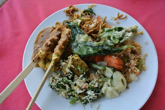 Tanaya Bed & Breakfast: food