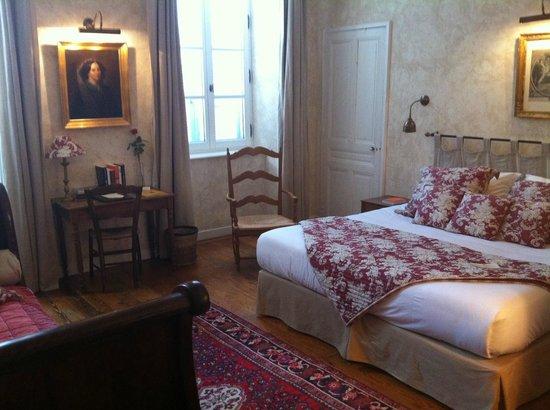 Le Clair de la Plume : a room