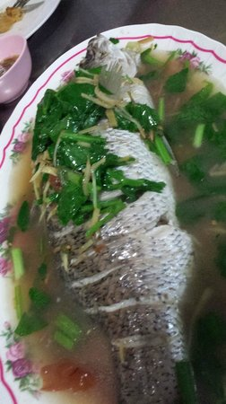 Lek Seafood: another type of steam fish