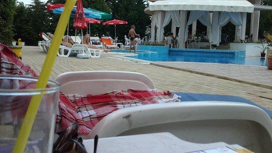 Bellevue Hotel: бассейн