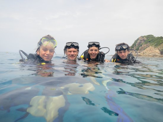 Discovery Dive Centre: Family dive