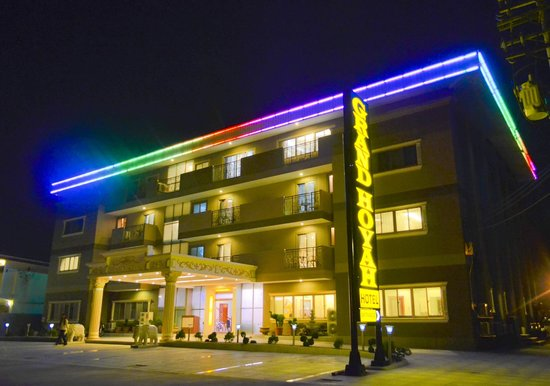 Grand Hoyah Hotel