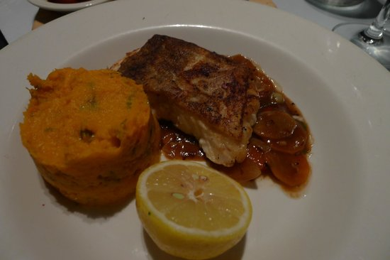 Two Fat Ladies West End : Oven baked hake with sweet potato mash