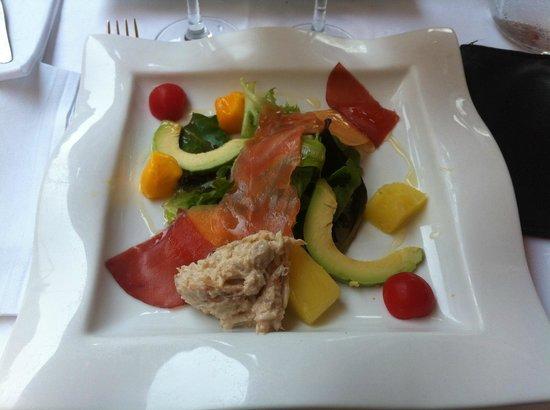 Le Pistou : Salade fraîcheur crabe saumon avocat