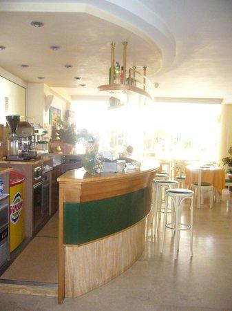 Hotel Lido: La sala bar reception chiacchieratoio al piano terra