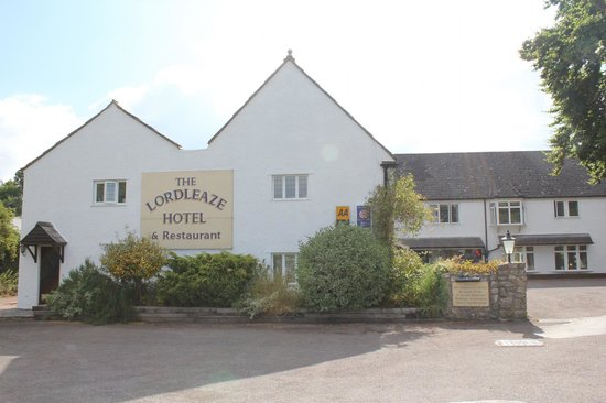 The Lordleaze Hotel: The Hotel
