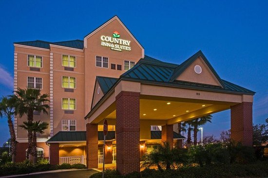 Country Inn & Suites By Carlson, Tampa/Brandon: CountryInn&Suites Tampa  ExteriorNight