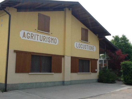 Agriturismo Locustione : la facciata dell'agriturismo