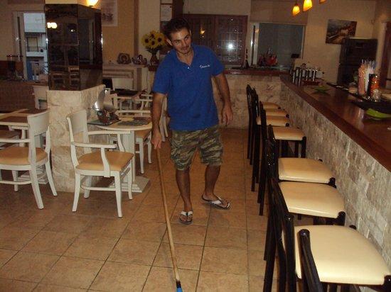 Belvedere Hotel : nikos cleaning floor