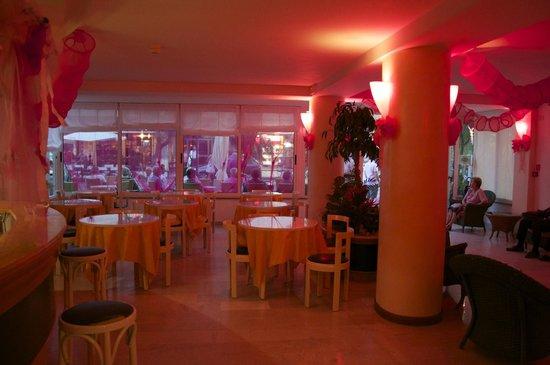 Hotel Lido: addobbi per notte rosa 2013
