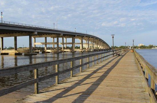 Granada Fishing Pier at Cassen Park