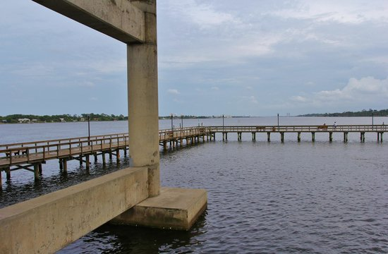 Cassen Park: Fishing Pier