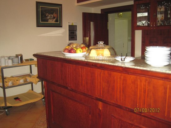 Hotel Carlton: столовая