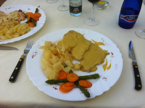 Pork with mustard sauce picture of casa jardin nerja for Casa jardin nerja