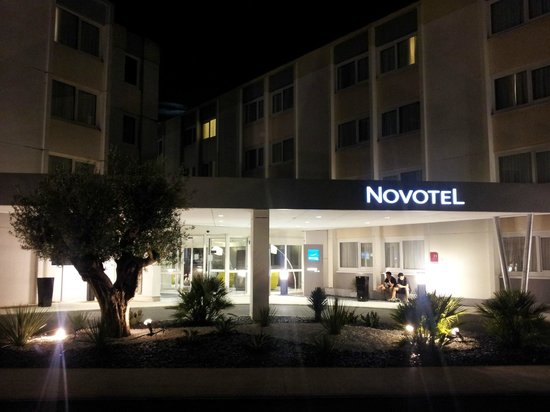 Novotel Bordeaux Lac : Hôtel