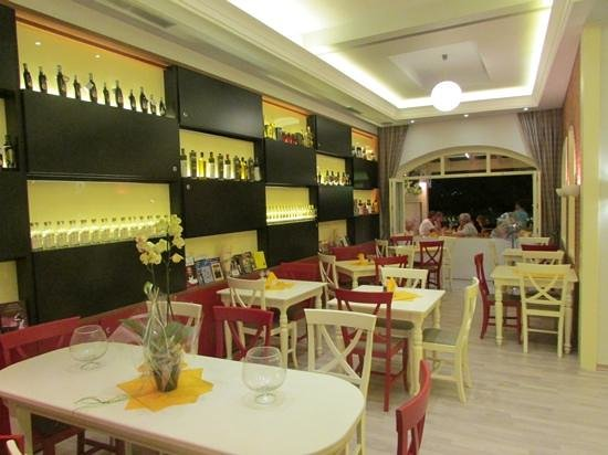 Nisos Restaurant: Nisos
