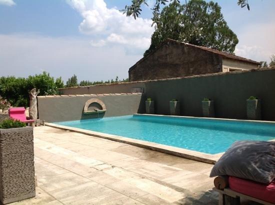 B&B Mas La Boheme: zwembad