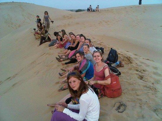 Arya Tours and Travels: 65 ki far  from jaislamer  desert  trip