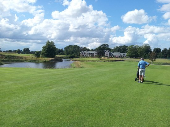 The K Club: Approach to 18th green