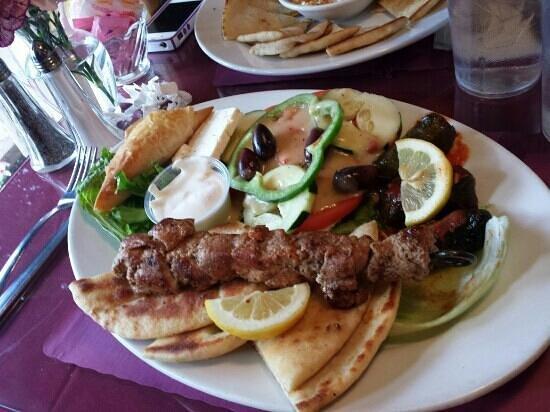 Katrina's Restaurant: souvlaki platter