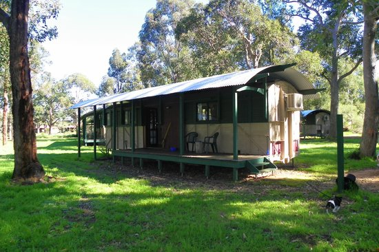 Dunsborough Rail Carriages & Farm Cottages: Our carriage