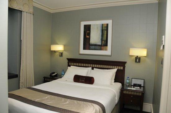 St. Regis Hotel: St. Regis kleiner Schlafbereich